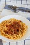 Spaguetis con picadillo de cerdo adobado