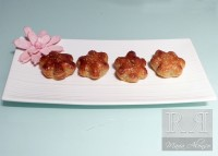 Flores de hojaldre rellenas de Salchichon