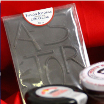 "Fusion Astorga: chocolate with ""Cecina"""